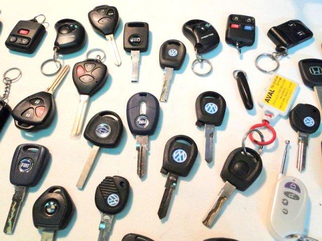 Llaves y controles para vehículos